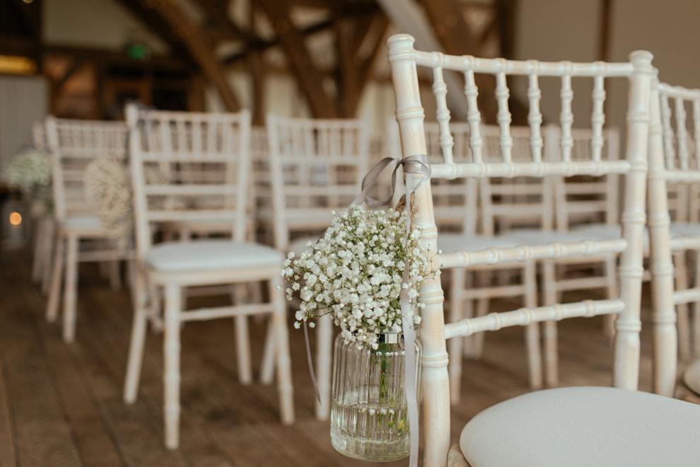 Decoração da igreja para o casamento